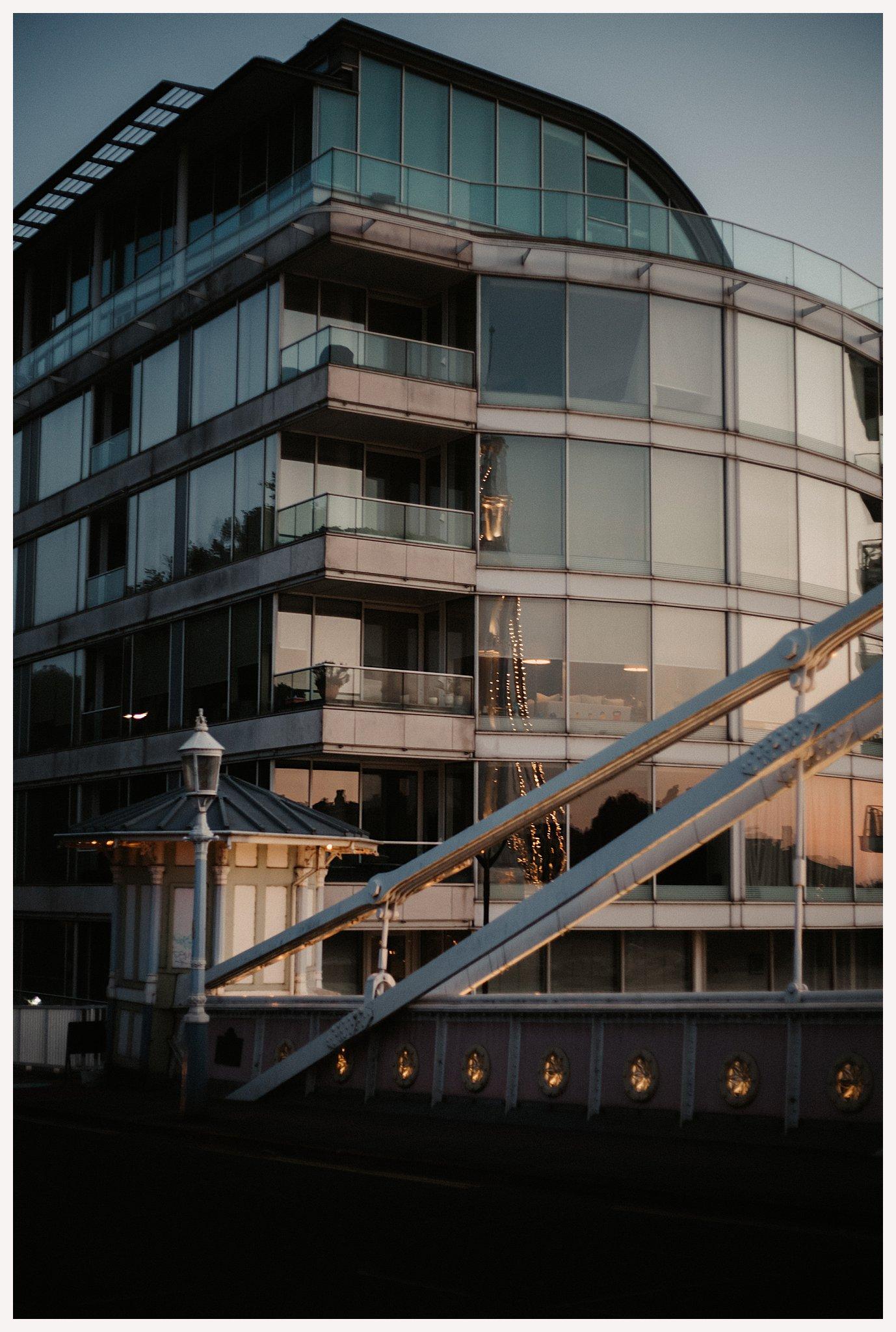 Shelley & Chris's London Chelsea Engagement Shoot-252.jpg