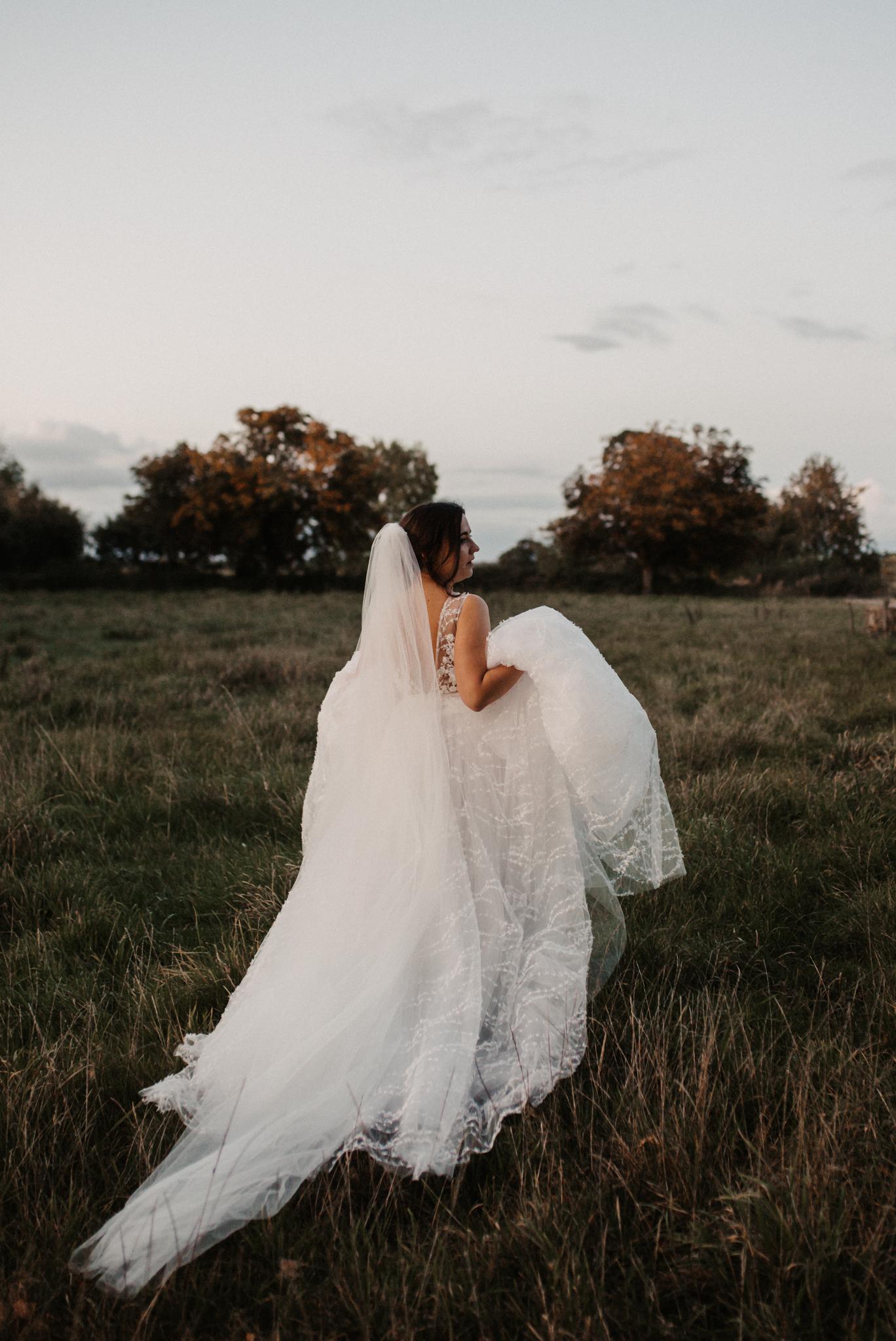 Max & Ksenia Autumnal Wiltshire Wedding-795